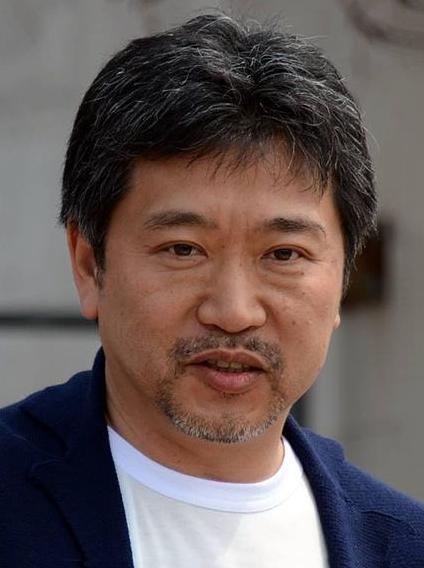 Hirokazu_Kore-eda_Cannes_2015